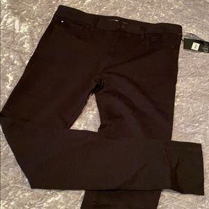 NWT ELSE ANKLE SKINNY 28 STRETCH PANTS -MW